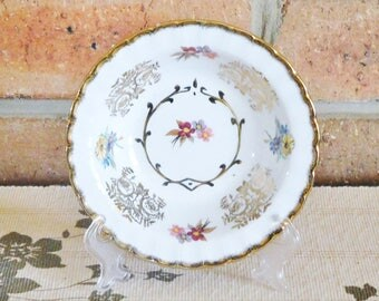 Wood & Sons Burslem gilt floral decorated sweets bowl, 1950s, high tea, Ralph Moses Enoch ware