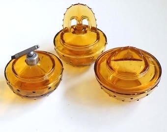 Antique dressing table set: perfume atomizer + fragrance bottle + bowl. Warm yellow glass. France / Belgium. Art deco / nouveau - Jugendstil