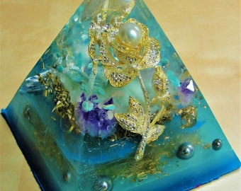 "Golden Blossom Orgonite 4.5 x 5"" Metaphysical Glow in the Dark Pyramid (110 x 125mm) Crystal Energy Chakras Meditation"