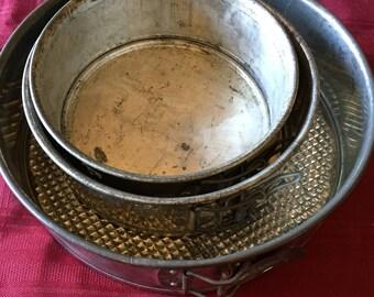 Lot of 3 Vintage Springform Baking Pans
