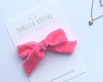 Hair Bows, Baby Bows, Pink Velvet Bow, Valentine's Day, Velvet Hair Bow,, Toddler Gift, Valentine Hair Bow, Bubblegum Velvet Bow