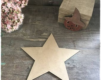 A wooden star raw diameter 20cm thickness 3mm