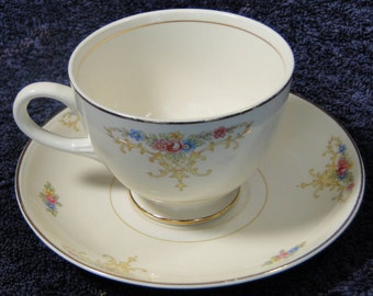 Homer Laughlin Eggshell Nautilus Rochelle Teacup Saucer Set EXCELLENT!