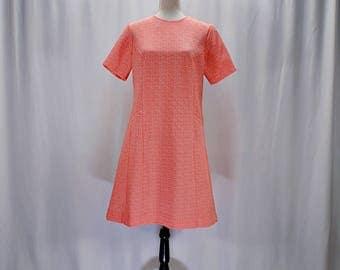 Vintage 60s textured floral mod knit A-line mini dress // Size M
