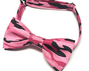 Pink Camouflage Bow tie, Pink Camo Bow tie, Pink Hunting Bow tie, Camo Bow tie, Camouflage Bowtie, Girls Pink Bow tie, Pink Hunters Wedding