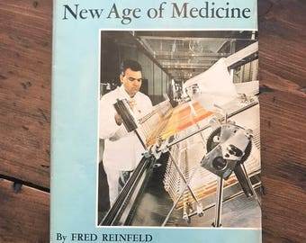 1962 Miracle Drugs and the New Age of Medicine by Fred Reinfeld, Medical Book, Pharmacy Study, Quack Medicine (C269)