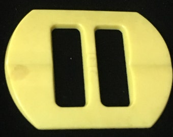 1950's Yellow Bakelite Rectangle Shaped Belt Buckle