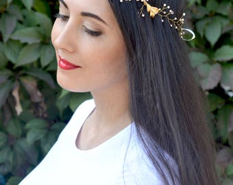 Gold pearl hair vine gold leaves vine hair Blush bridal halo gold Pearl floral crown vine Wedding flower crown Pearl wreath bride