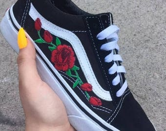 Red ROSE EMBROIDERED Old Skool Vans Off the Wall Sneakers New w/ Box AUTHENTIC Custom Trendy BeSt PrIcE Black HandMade Men Women Gift White