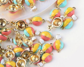 3 pendants shaped balloon in gilt and enamel 1.8 cm