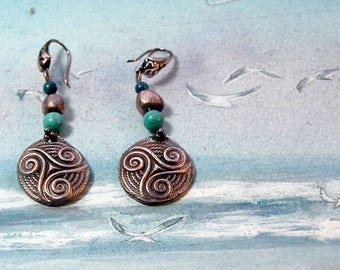Celtic earrings : handmade copper Triskel, copper+Azurite & Turquoise beads or  other gembeads (choice of 15)