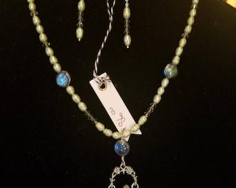 Pearls N Hearts Mermaid Necklace and Earrings