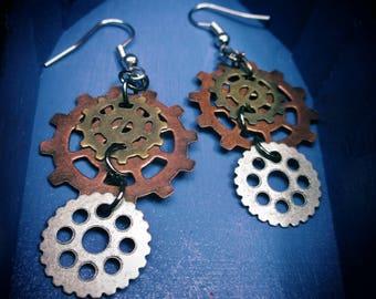Cool Unique Goth Steampunk Gear dangle hook earrings Ear Gears