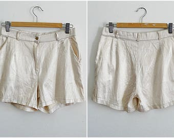 Womens shorts beige size 10 Roger Gautier cream silk shimmery shorts with side pockets vintage 1990s size Medium US 10