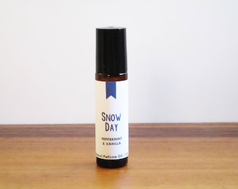 SNOW DAY / Peppermint & Vanilla / Season Inspired / Winter Collection / Roll-On Perfume Oil