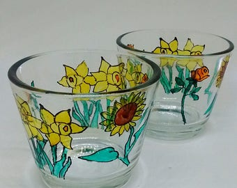 Tealight holders, 2 hand-painted tealight holders, flowers, floral design, thank you gifts, daffodils, roses, sunflowers, glassware