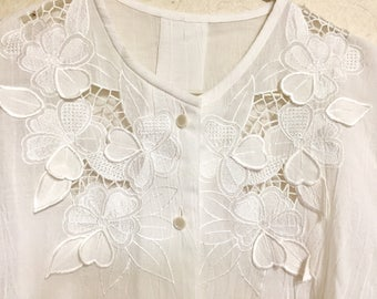 Vintage beige blouse with floral embroidery rare