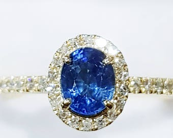 Sapphire and  40 Diamonds  18K Yellow  Gold ring and Band. certified FGAA certificate of autenticity