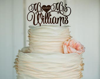 Personalized Mr and Mrs Wedding Topper Cake Wood Decor Monogram Surename Cake Topper Woodland Wedding Cake Decor Anniversary Bridal Shower