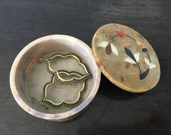 round onyx trinket box in walnut   India   jewelry storage