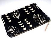 Black Mudcloth Laptop Case / Hand Woven Textile Cream Geometric Case Laptop Ipad Sleeve Macbook Pro Cover African Mud Cloth Zipper Pouch