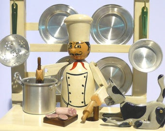 Chef with cat automata. Wooden cook. Wooden toys. Wooden automata. Automaton. Collecting and play. Kinetic art. Moving sculpture