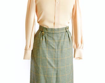 Vintage Burberry pure wool tweed style skirt size 8 -10
