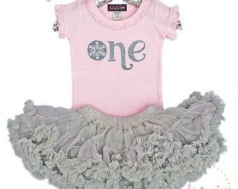 First Birthday Outfit, Snowflake 1st Birthday Outfit Girl, One Birthday, Girls Frozen Birthday, Winter 1st Birthday, Silver Tutu