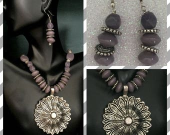 Beaded necklace sets with oxidized pendant and matching earrings