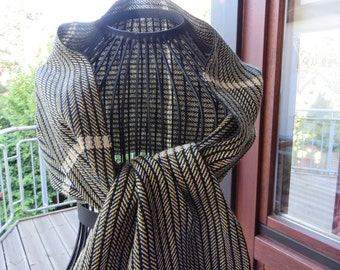 handwoven scarf, made of cottolin, elegant