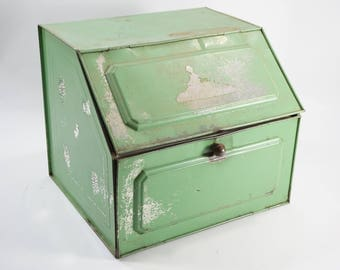 Bread Box, Vintage Rectangular French Green Vented Bread Box, Countertop Kitchen Storage, Pantry, Pie Cabinet, Pie Box, Condition Issues