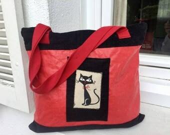 "Beautiful red ""Cat"" laminated linen bag and black velvet"