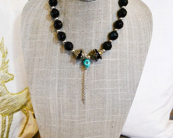 Onyx and Howlite Skull necklace