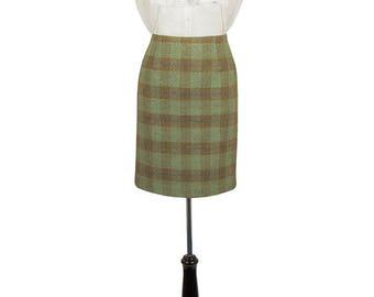 "Tailored Tweed 21"" Skirt (Roseisle Tweed)"