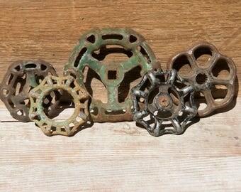 Vintage Faucet Handles, Metal Faucet Valves, Spigot Knobs, Faucet Knobs, Rusty Metal, Rustic Home Decor, Industrial Decor, Chippy Paint