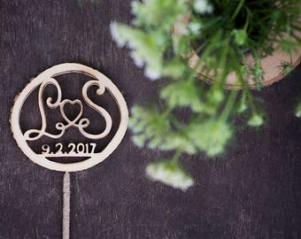 Wooden wedding cake topper - Custom cake topper - Rustic Wedding Cake Topper - Personalized Cake Topper - Cake Topper Initials - Monogram