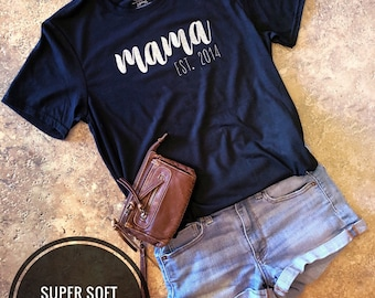 Mama T-Shirt | Mom shirt | Mom life shirt | Soft T-shirt | Custom T-Shirt