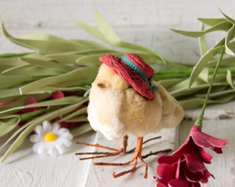 Vintage Chenille Easter Chick ~ Straw Hat ~ Farm Chick