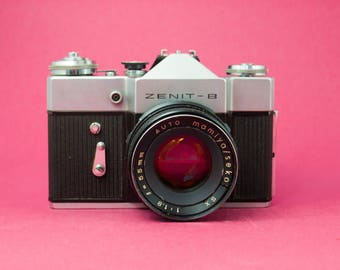 Zenit B SLR Camera / 1971 Vintage