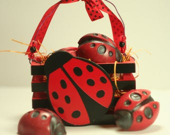 Ladybug Crate with 2 Handcrafted Soaps