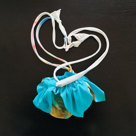 Petal handbag - Purses with adjustable handle - Splatter pochette - Splash dyed bag - Flower bag - Jewelry pouch - Pocket bag - Round bag