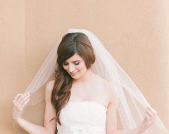 Single-Tiered / Layered Fingertip Length Wedding Veil with Raw Edge - Available in White & Ivory