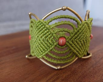 Makramee Armband lindgrün