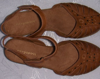 Vintage tan leather women's sandals/ Easyspirit leather women's shoes/ Size 7M or 37 tan leather women's shoes