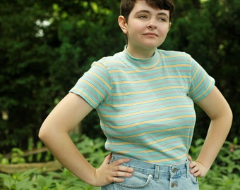 90s Striped Mock Turtleneck Short Sleeved Shirt