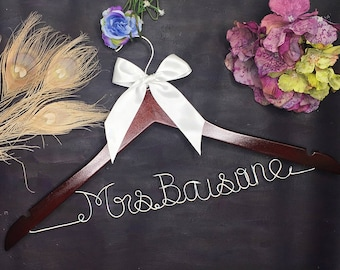 Personalized Wedding Hanger, Bridal Hanger, Custom Wire Bride Bridesmaid Name Wedding Dress Hanger, Personalized Hanger, Wedding Shower Gift
