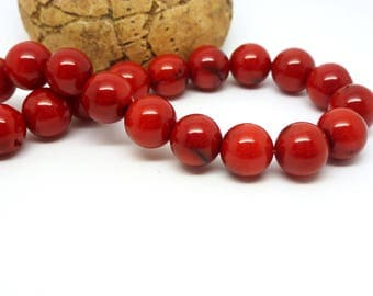 5 round beads in coral red 8mm dark (8SPC04)