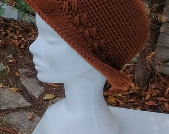 Winter Hat woman edges woolen handmade crochet