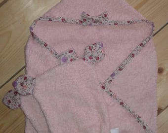 "Bath cape set ""Cat's life"" for baby and his two toilet gloves matched"