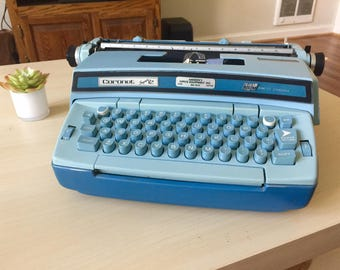 Working Smith Corona Vintage 1970s Electric in Blue, Portable Typewriter with Case and Ribbon
